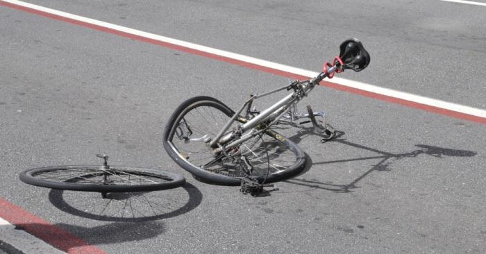 10mar2013---um-ciclista-perdeu-um-braco-em-um-acidente-com-um-veiculo-na-manha-deste-domingo-10-proximo-a-estacao-brigadeiro-do-metro-na-avenida-paulista-em-sao-paulo-sp-segundo-o-corpo-de-1362928901733_956x500.jpg
